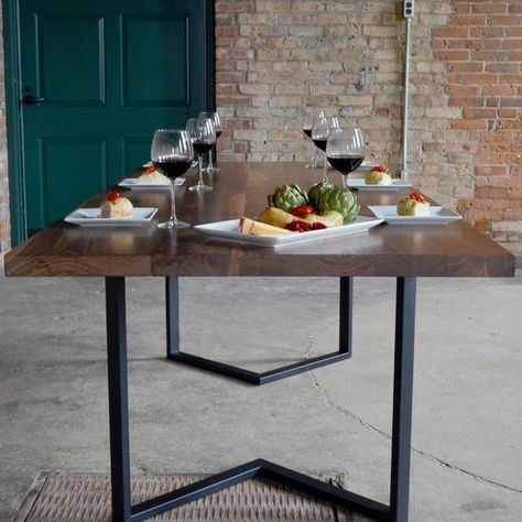 Bloka A - Row Dining Table