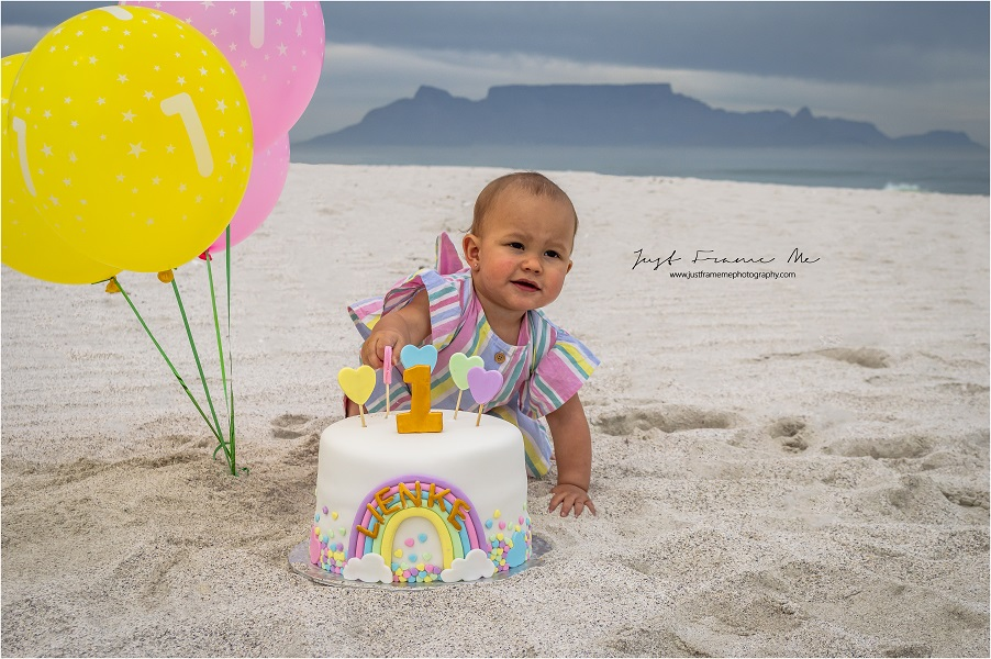 The Roets Family {1st Year Portrait & Cake Smash Session}