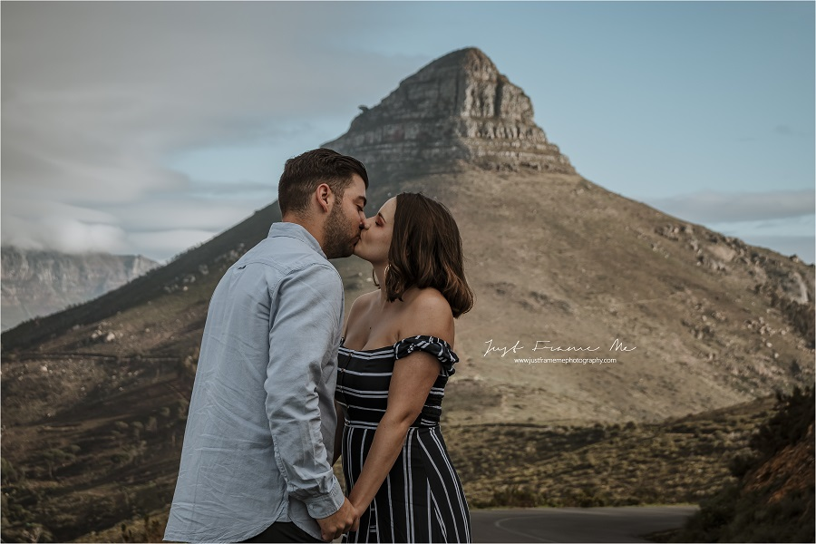Meet Gaby & Angelo {Two Out-of-Towners, A Surprise Holiday & A Surprise Proposal}