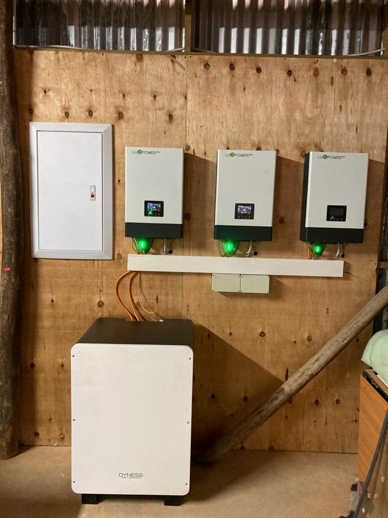 3 Phase 15KW Off Grid Installation, 14,4KW Battery Backup