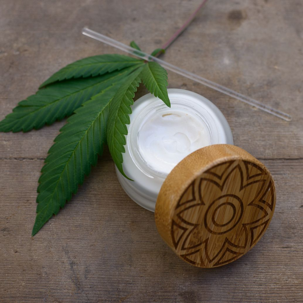 Build Your Own CBD Face Moisturiser